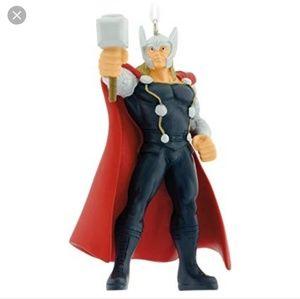 2018 Hallmark Ornament Avengers Thor